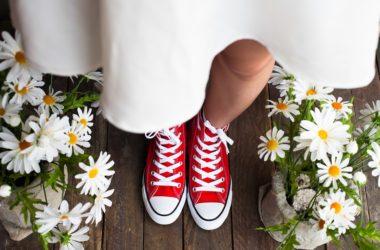Tři outfity, v nichž hrají hlavní roli retro květinové šaty