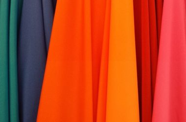 Trendy barvy letošního roku. Hlavní roli bude hrát výraznost